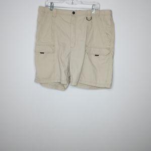 Wrangler khaki cargo shorts men's size 38
